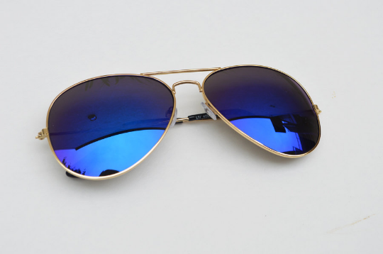 Aviator sunglasses in blue horizontal  view