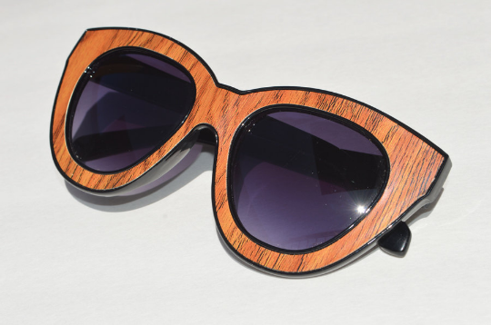 Cat eyes  sunglasses 3D POP ART wood side view