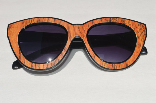 Cat eyes  sunglasses 3D POP ART wood front view