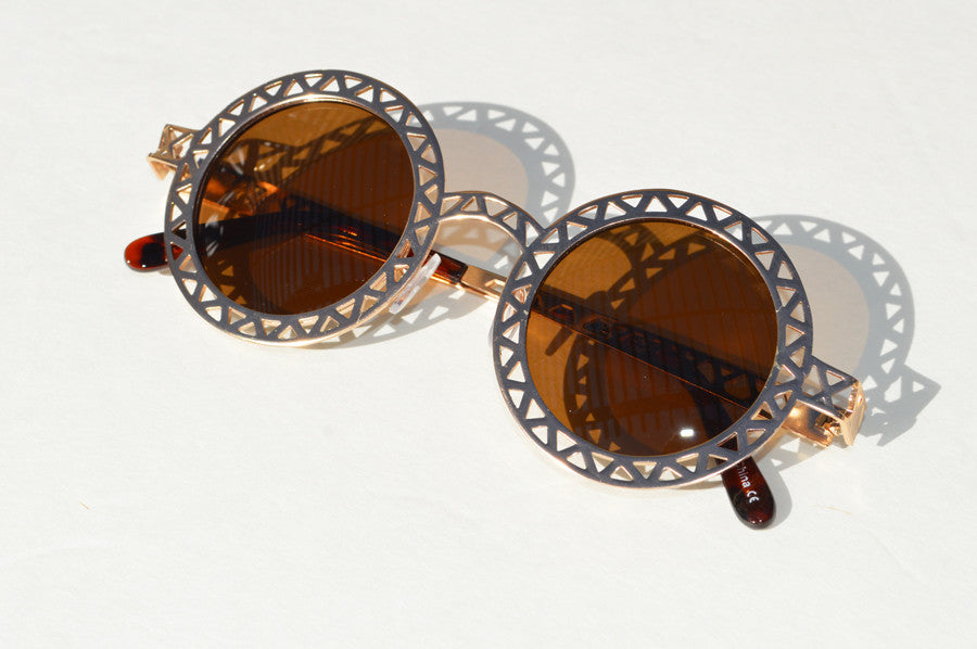Round Metallic Cut out Dark Lense Sunglasses brown