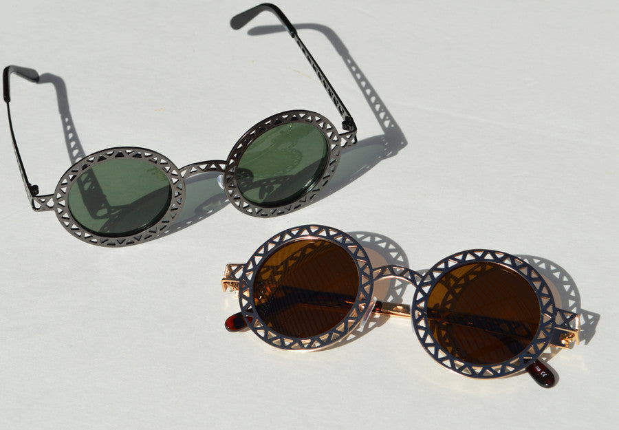 Round Metallic Cut out Dark Lense Sunglasses 2