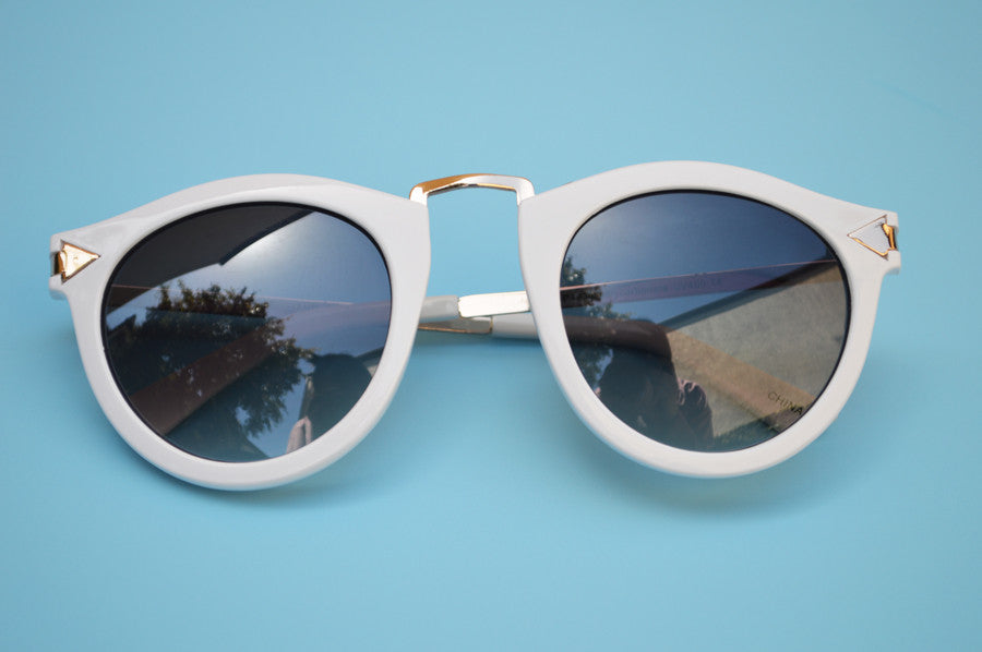 Helter Skelter Sunglasses in White front