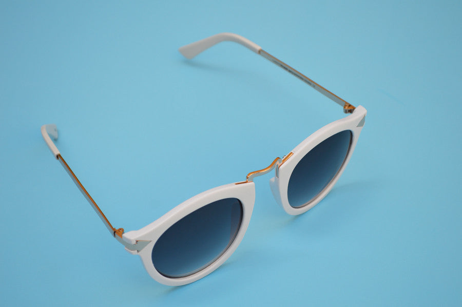 Helter Skelter Sunglasses in White 2