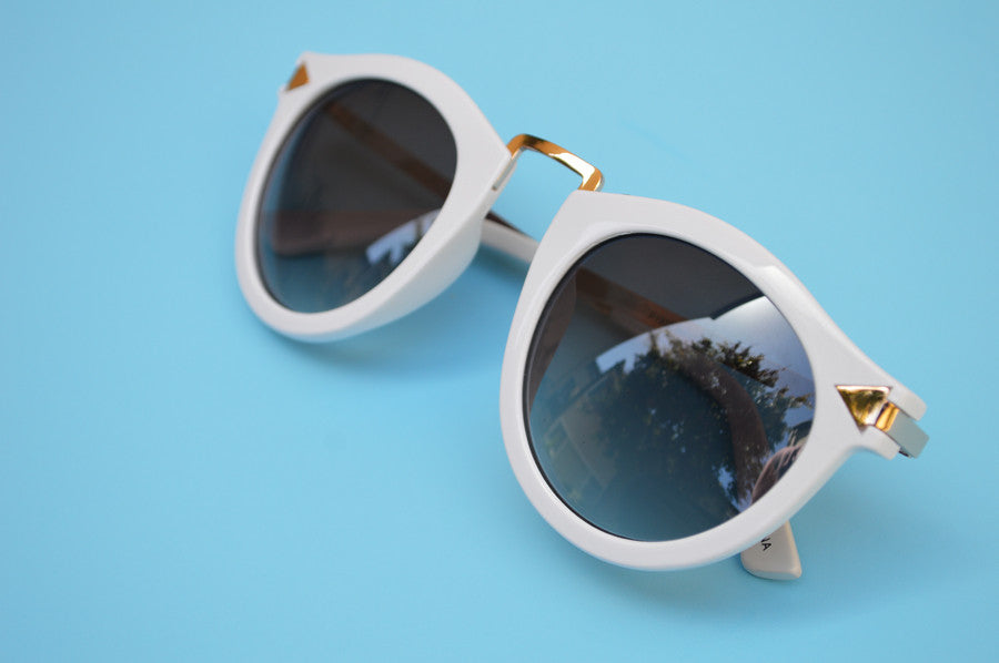 Helter Skelter Sunglasses in White 3