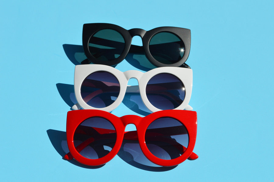 Oversized Cat eyes Round Sunglasses Available in Red,White,and Matte Black