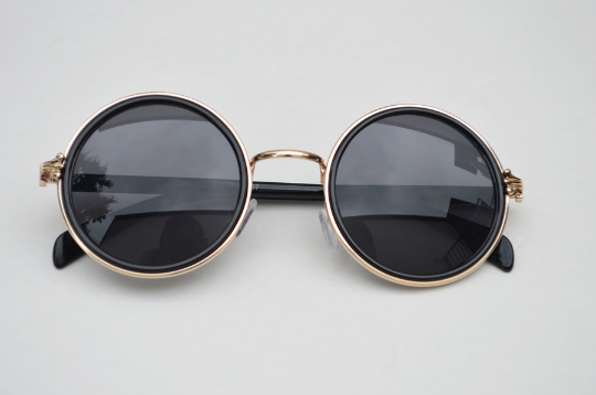 John Lennon sunglasses in round Black Gold front view