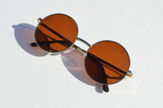 John Lennon sunglasses in round Gold unisex shadow view