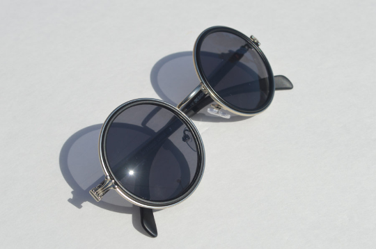 John Lennon sunglasses in round Matte shadow  view