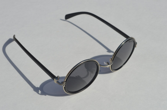 John Lennon sunglasses in round Matte main view