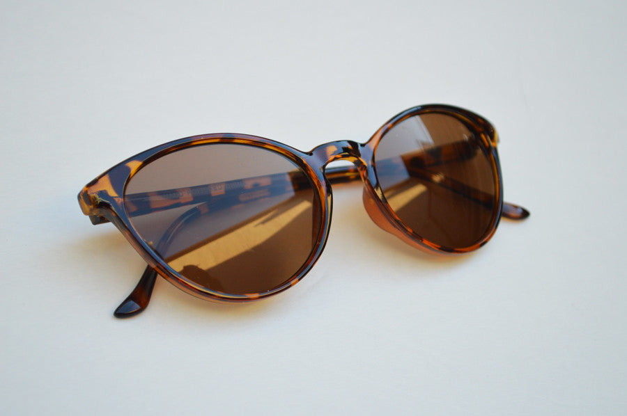 Cateyes Round Sunglasses Old Hollywood Style brown