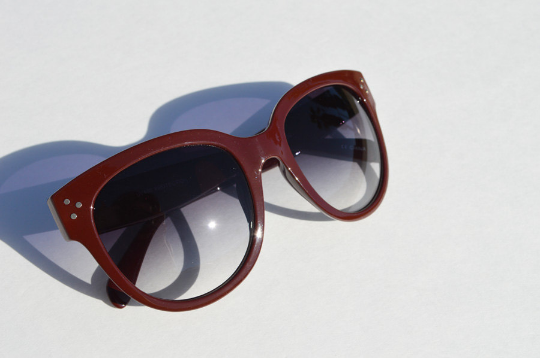 Oversized Sunglasses Dark Brown Round side view