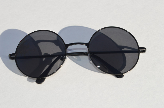 John Lennon sunglasses in round black front  view