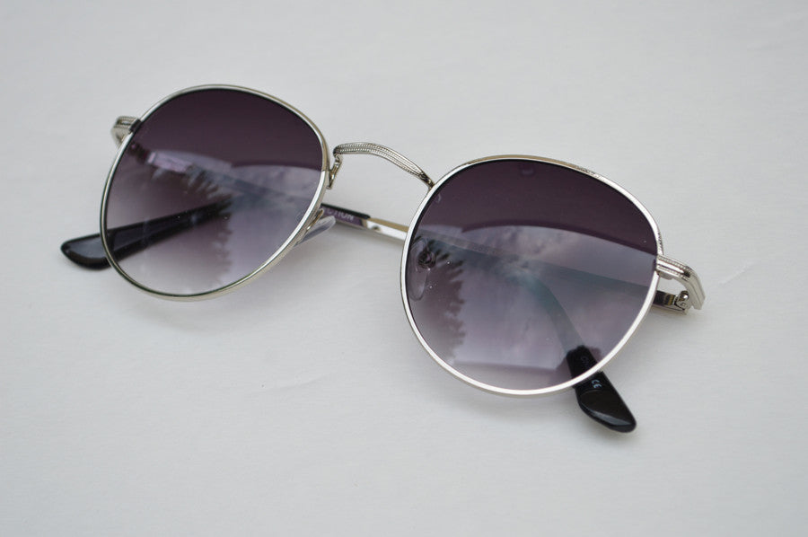 Round Unisex Dark Frame Silver Sunglasses side 2
