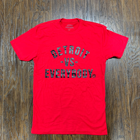 DETROIT VS EVERYBODY T SHIRT RED/ BLACK