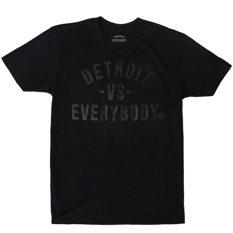 DETROIT VS EVERYBODY T-SHIRT BLACK/BLACK