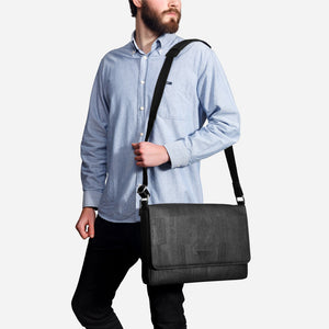 Vegan Messenger Bag Black