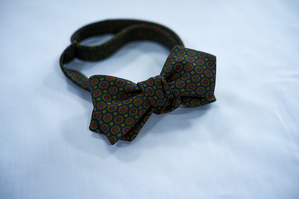 Green-Orange Flowers Bow Tie