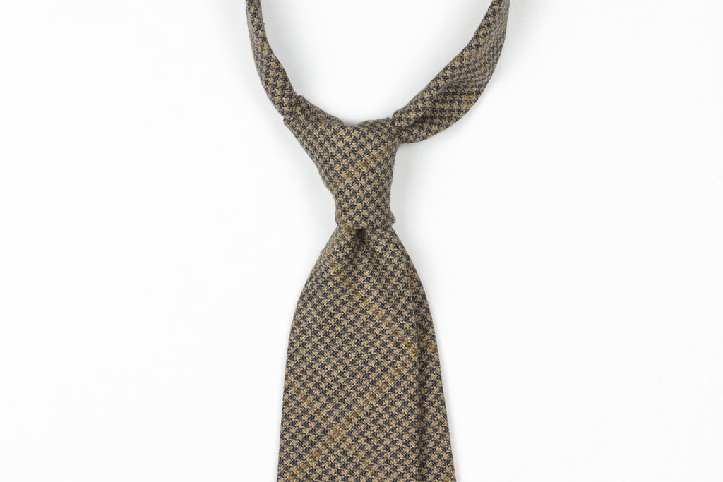 Tan with Steel Blue Houndstooth