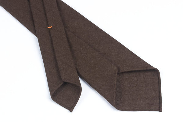 Undyed Escorial Chocolate Herringbone