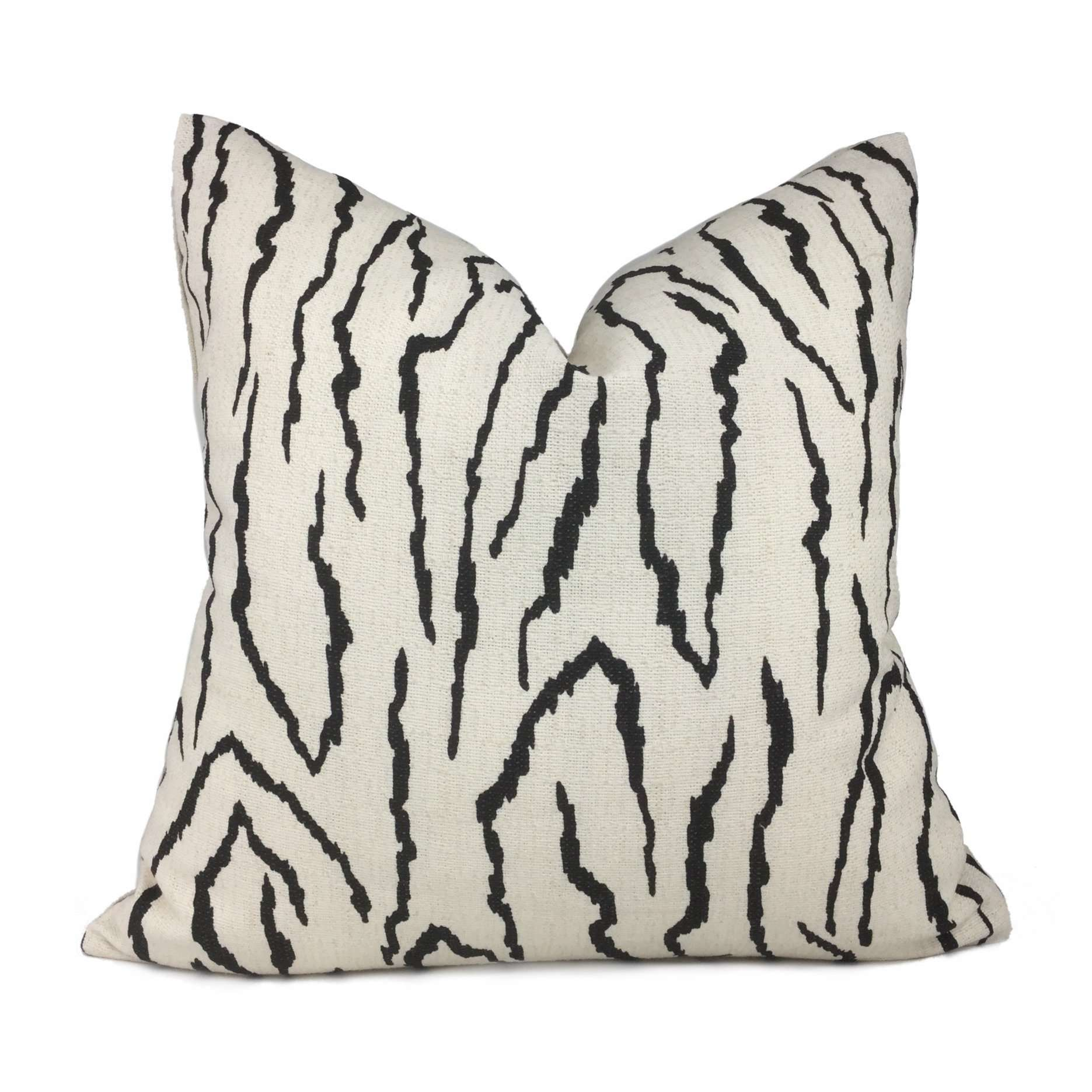 Pingvellir Onyx & Cream Abstract Linear Pillow Cover