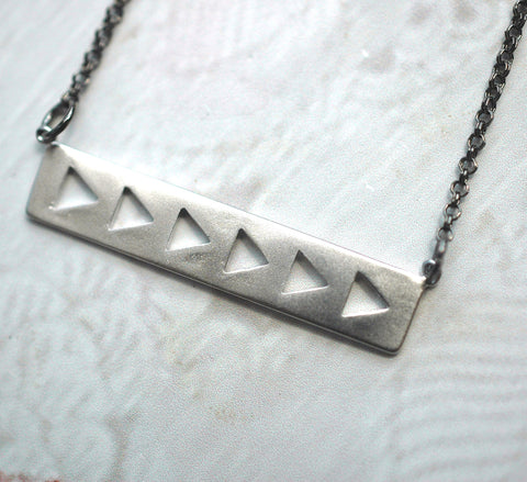 Silver Arrows Necklace - GEN503