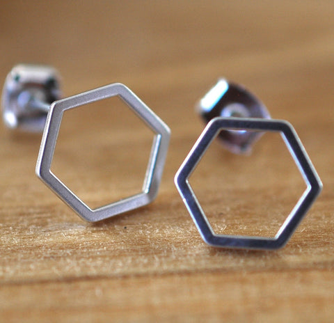 Silver Hexagon Earrings - GEE508