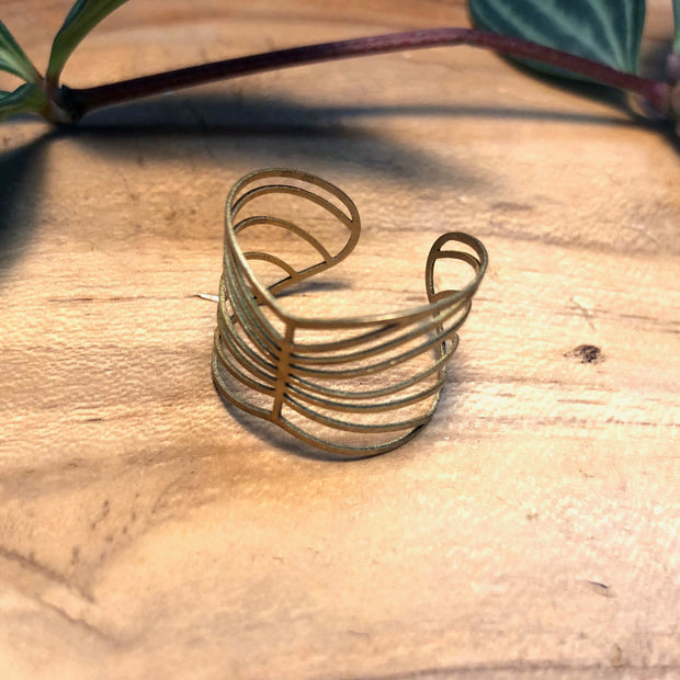 Waves Brass Ring
