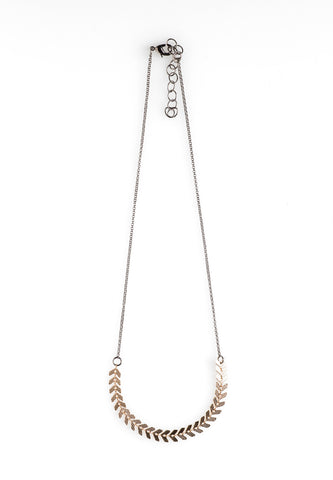 Delicate Fishbone Chain Necklace