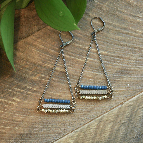 India Blue And Crystal Brass Stack Earrings - NHE48