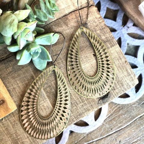 Brass Textured Oval Earrings - JBE05