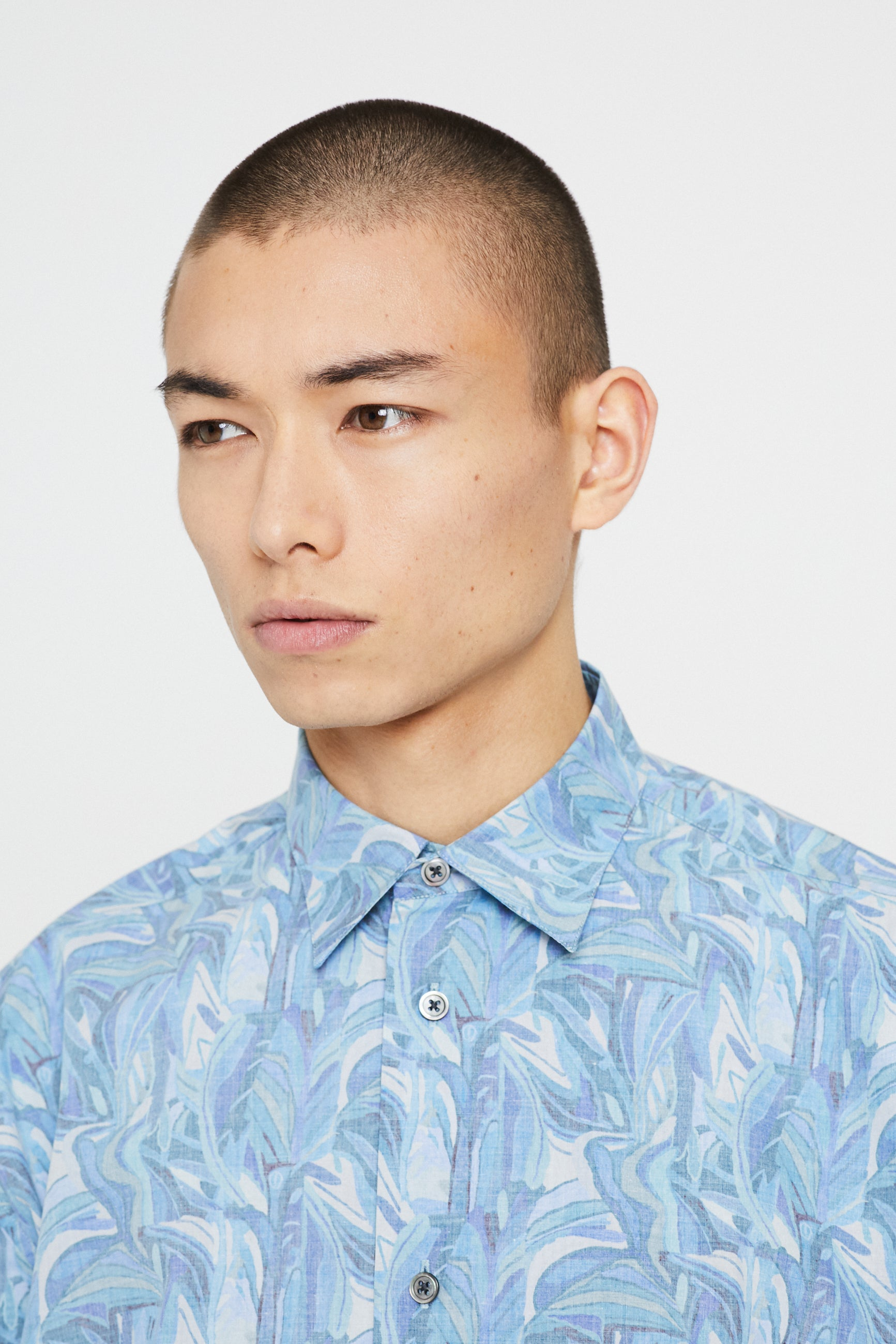 Études Lyrique Liberty Blue Shirt 2