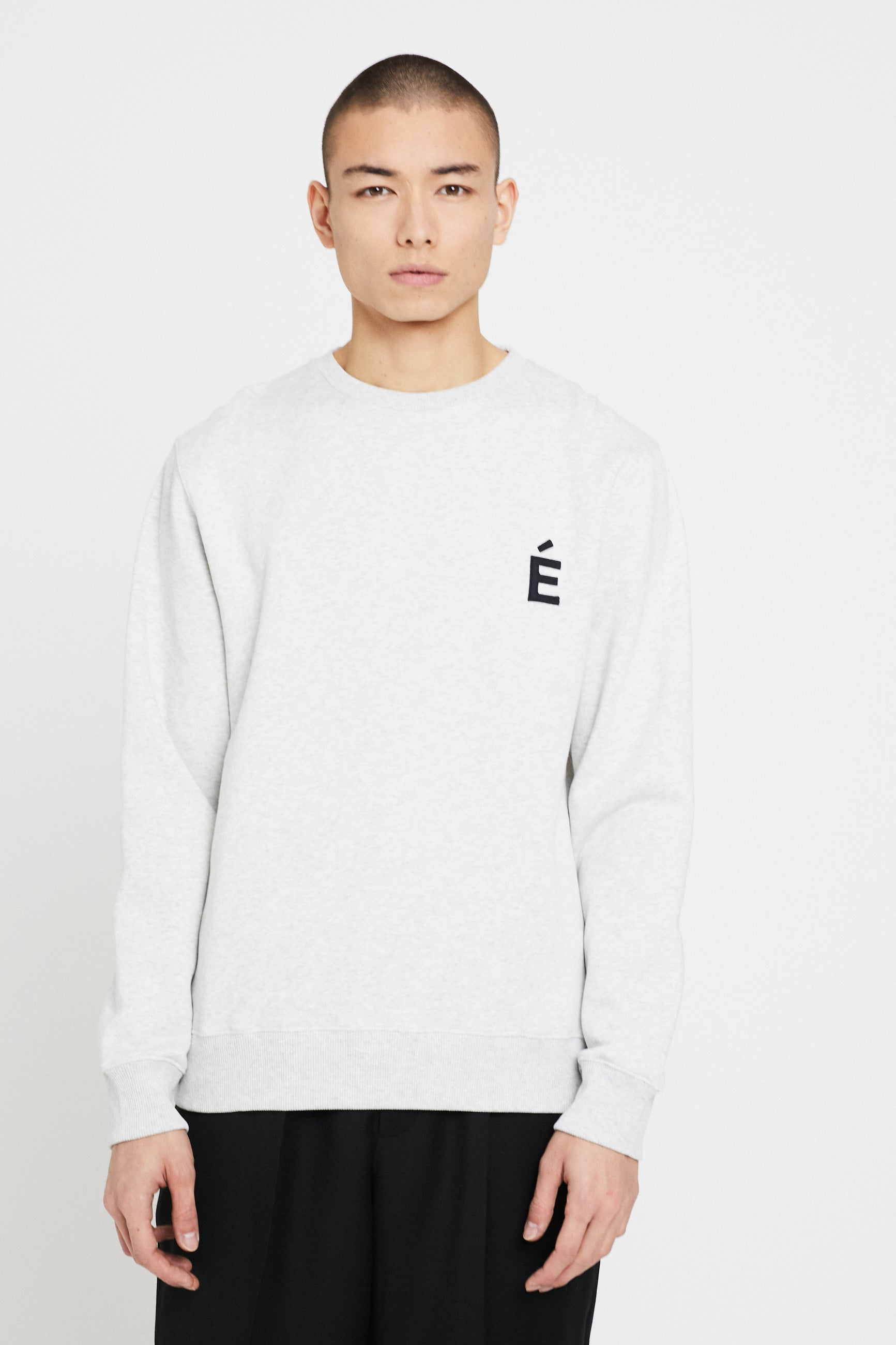 Études Story Patch Heather Grey Sweatshirt 3