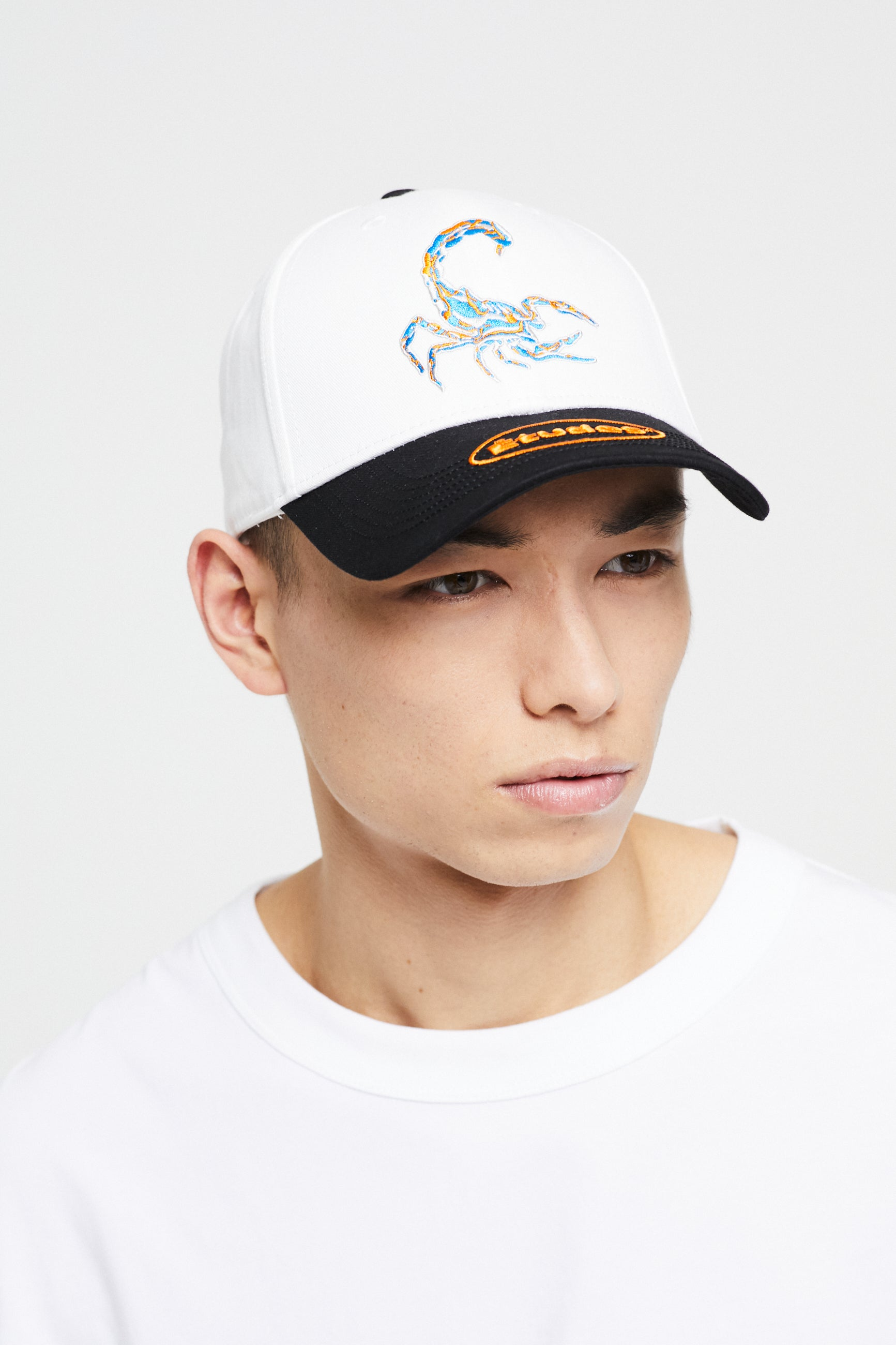 Études Cloud Scorpio Off White Hat 2