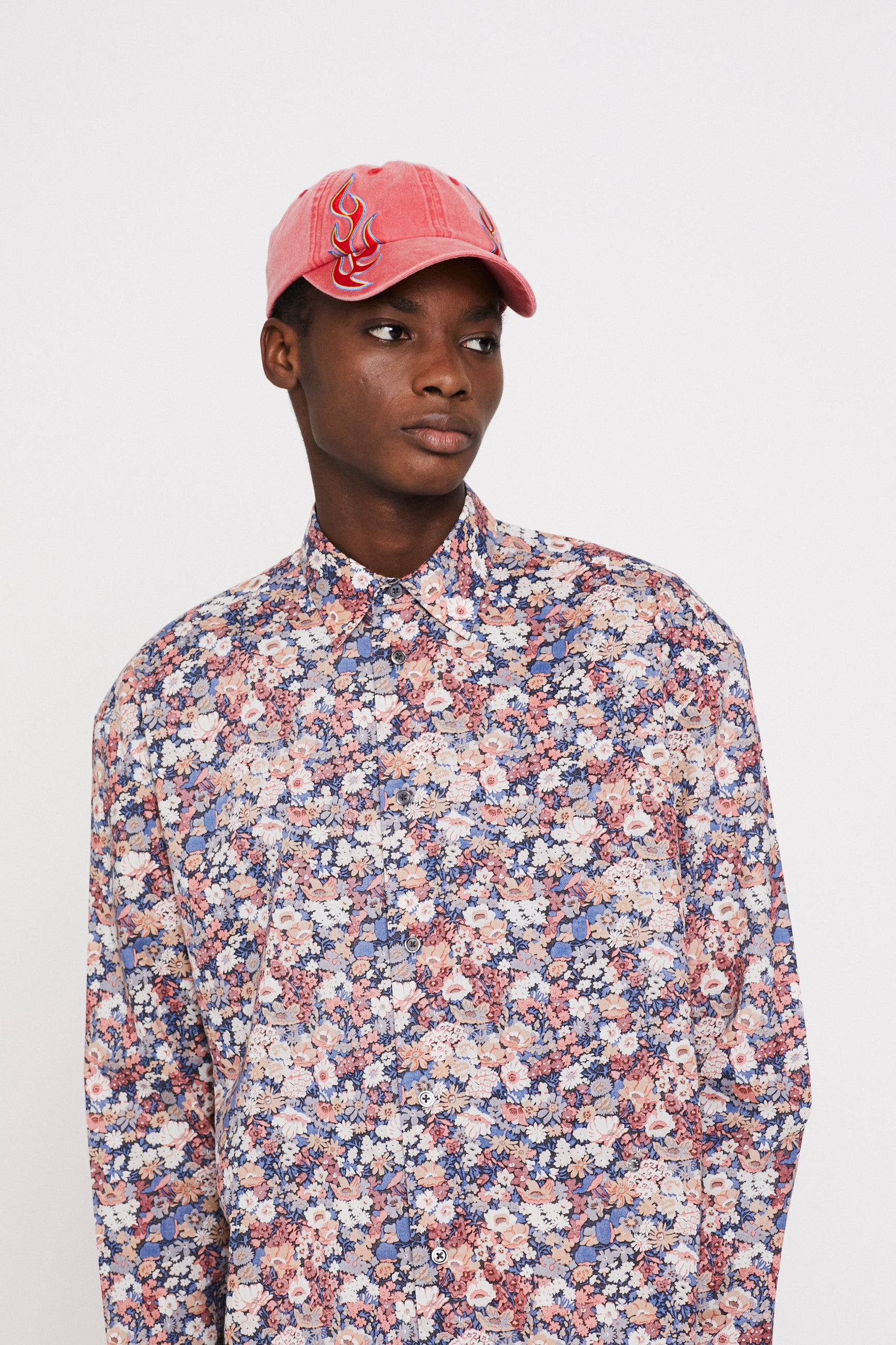 Études Lyrique Liberty Red Shirt 2