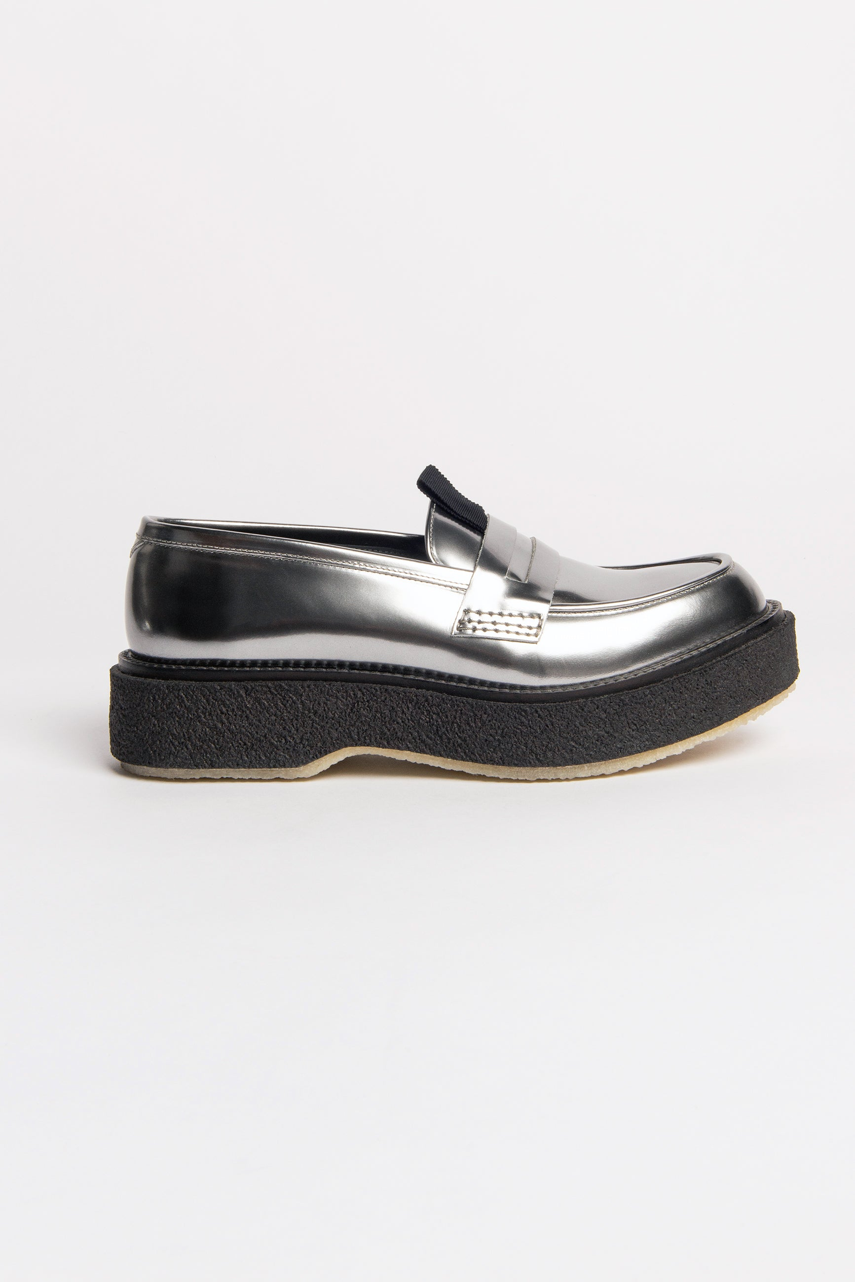 Études Type 143 Silver Shoes 2