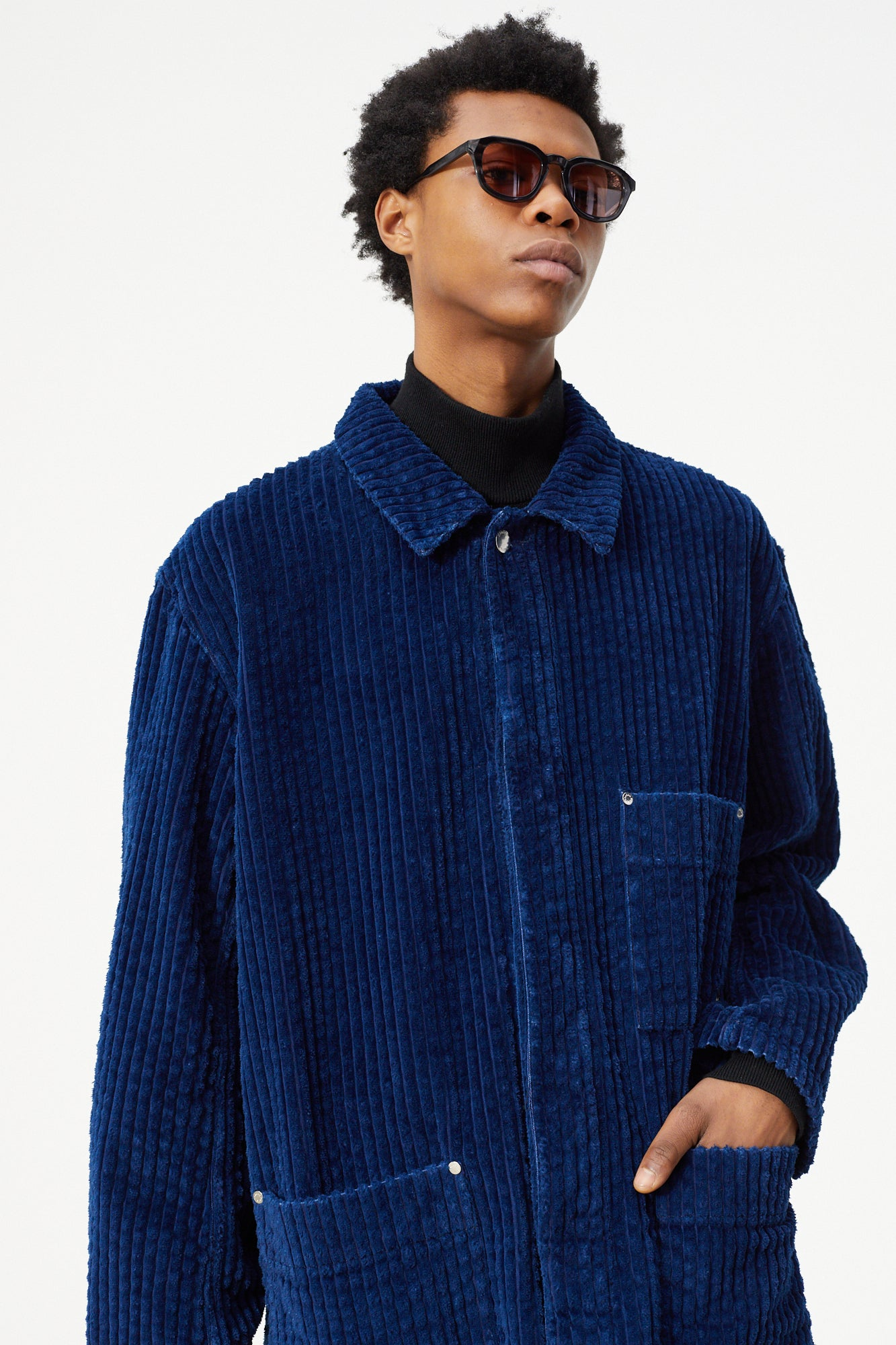 Études Excursion Large Corduroy Indigo Jacket 4