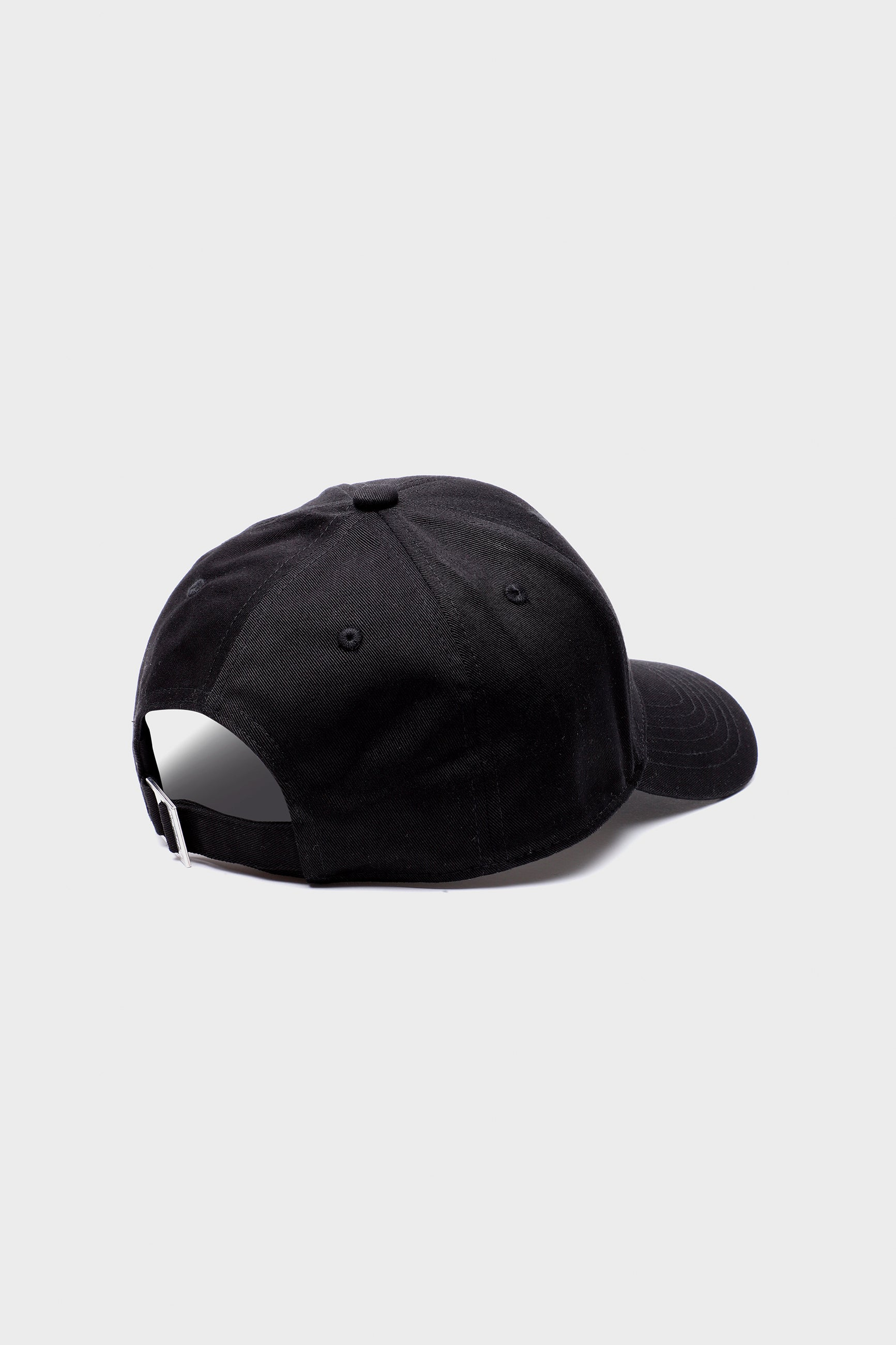 Études Cloud Keith Haring Black Hat 3