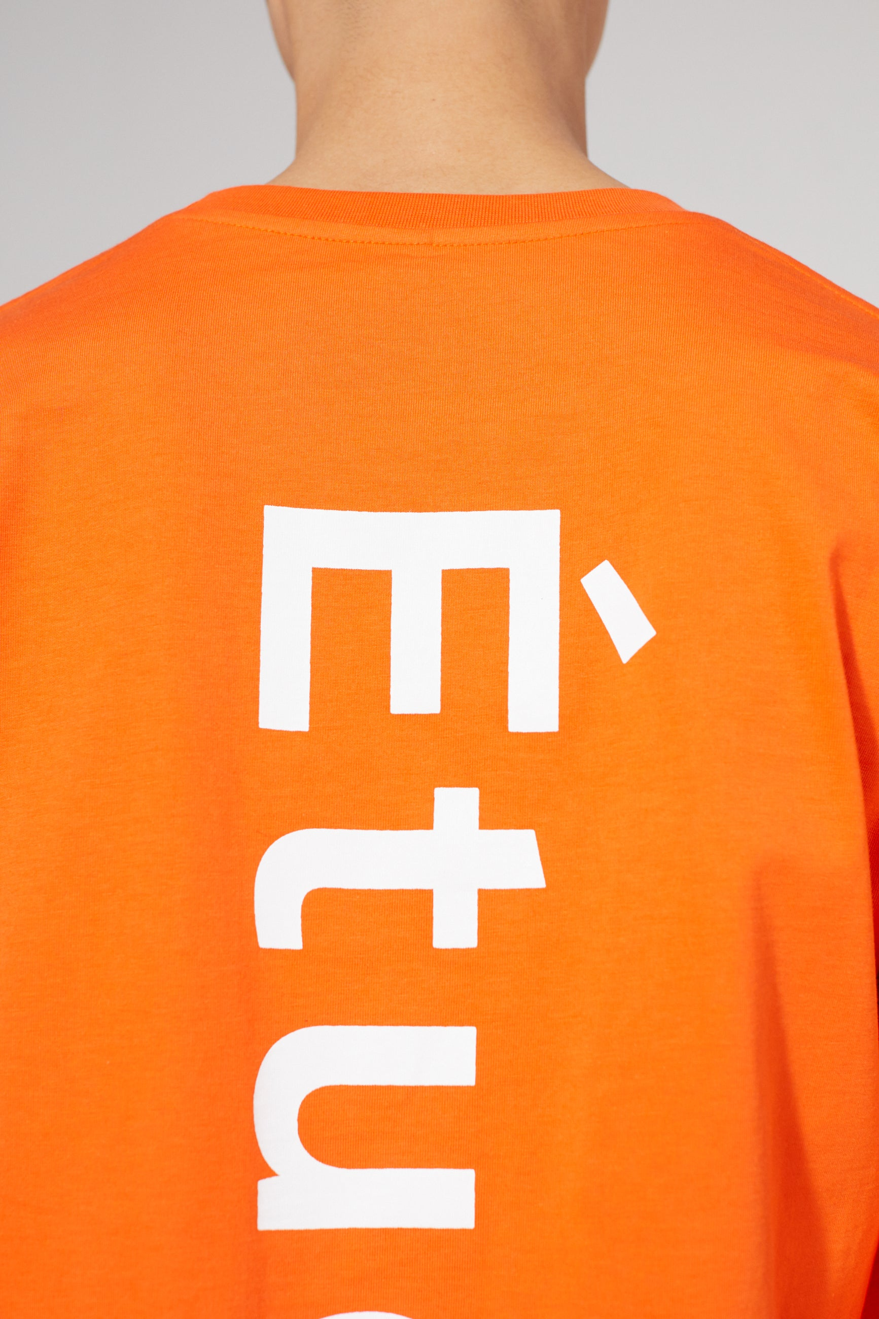 WONDER LONGSLEEVE ETUDES ORANGE T-SHIRT