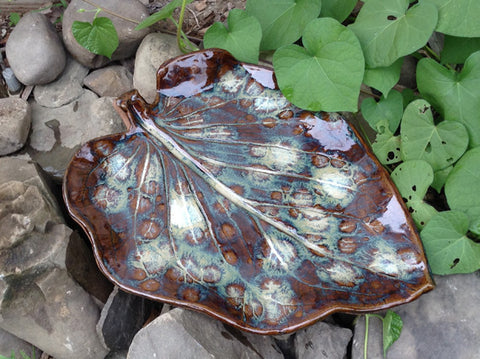 Large Leaf Bird Bath