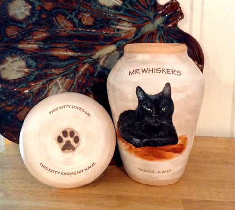 Custom Cat Urn with Pet Loss Quote