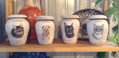 Stoneware pet urns for cats and dogs