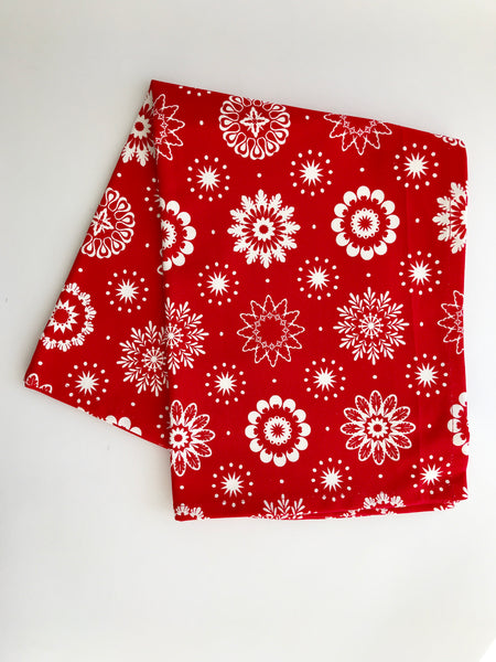 Crisp & Dene Christmas CoSnowflake Tea Towel, Red