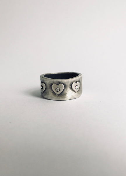 Danon Swarovski Studded Embossed Heart Ring