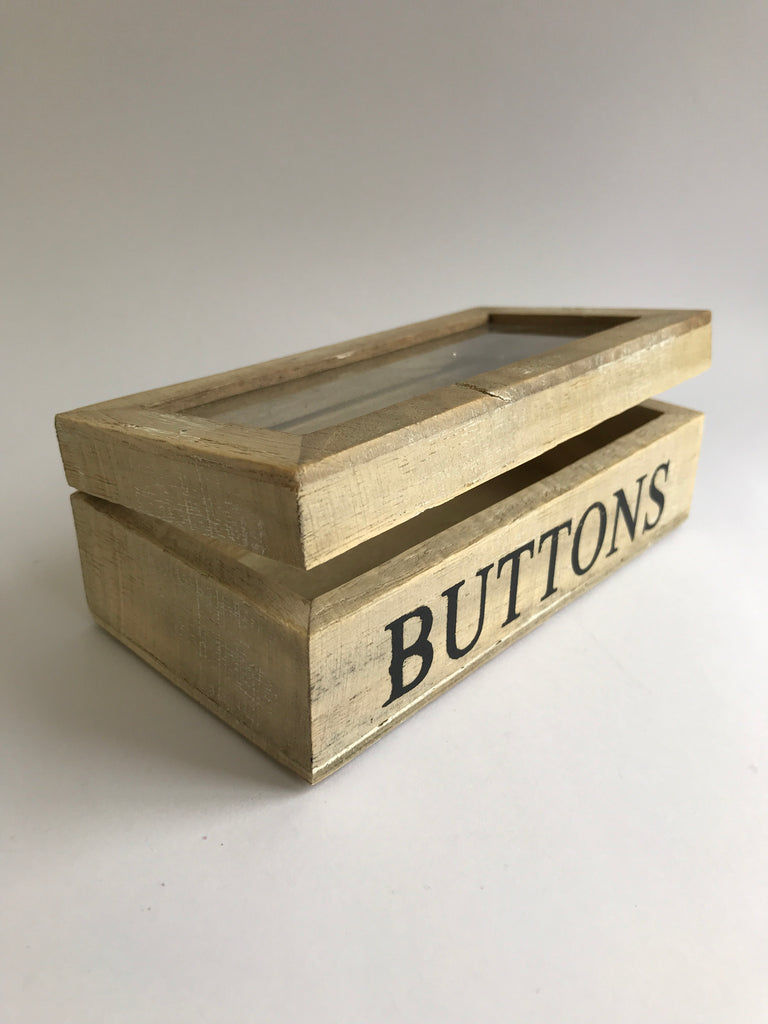 Gisela Graham Wooden Box, 'Buttons'