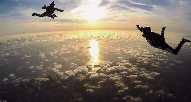 What to Expect the First Time You Jump From a Plane