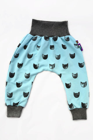 CATS ON AQUAMARINE ALLOVER PRINT PANTS