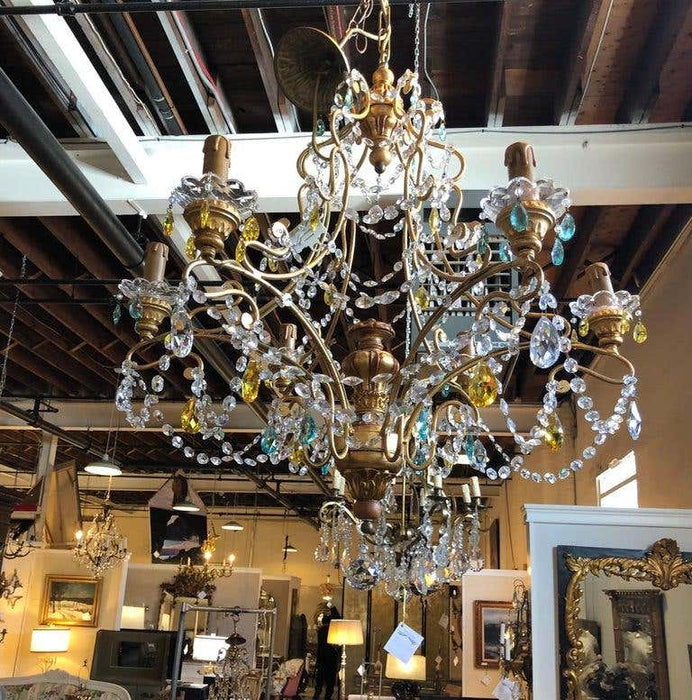 Neoclassical Italian Crystal Chandelier Handcrafted in Gilt Metal