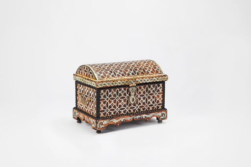 Arabesque Chest