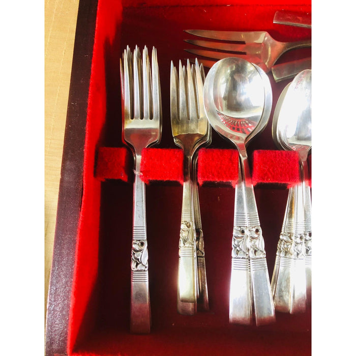 Art Deco Community Boxed Silver Plate Silverware Set 76 Pieces