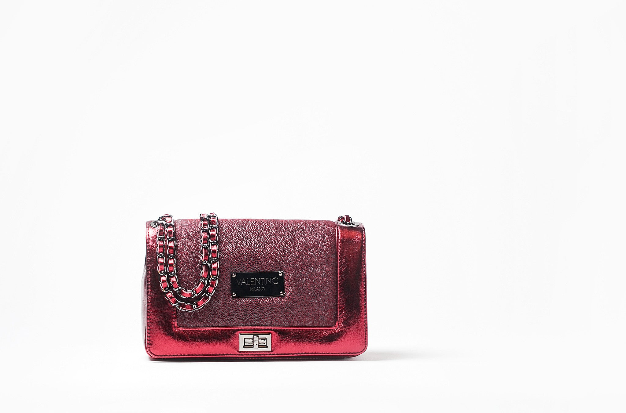 To acquire Holiday Valentino bag picture trends